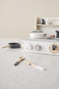 スウェーデン発のブランド、 Kid's Conceptの木製おもちゃ
