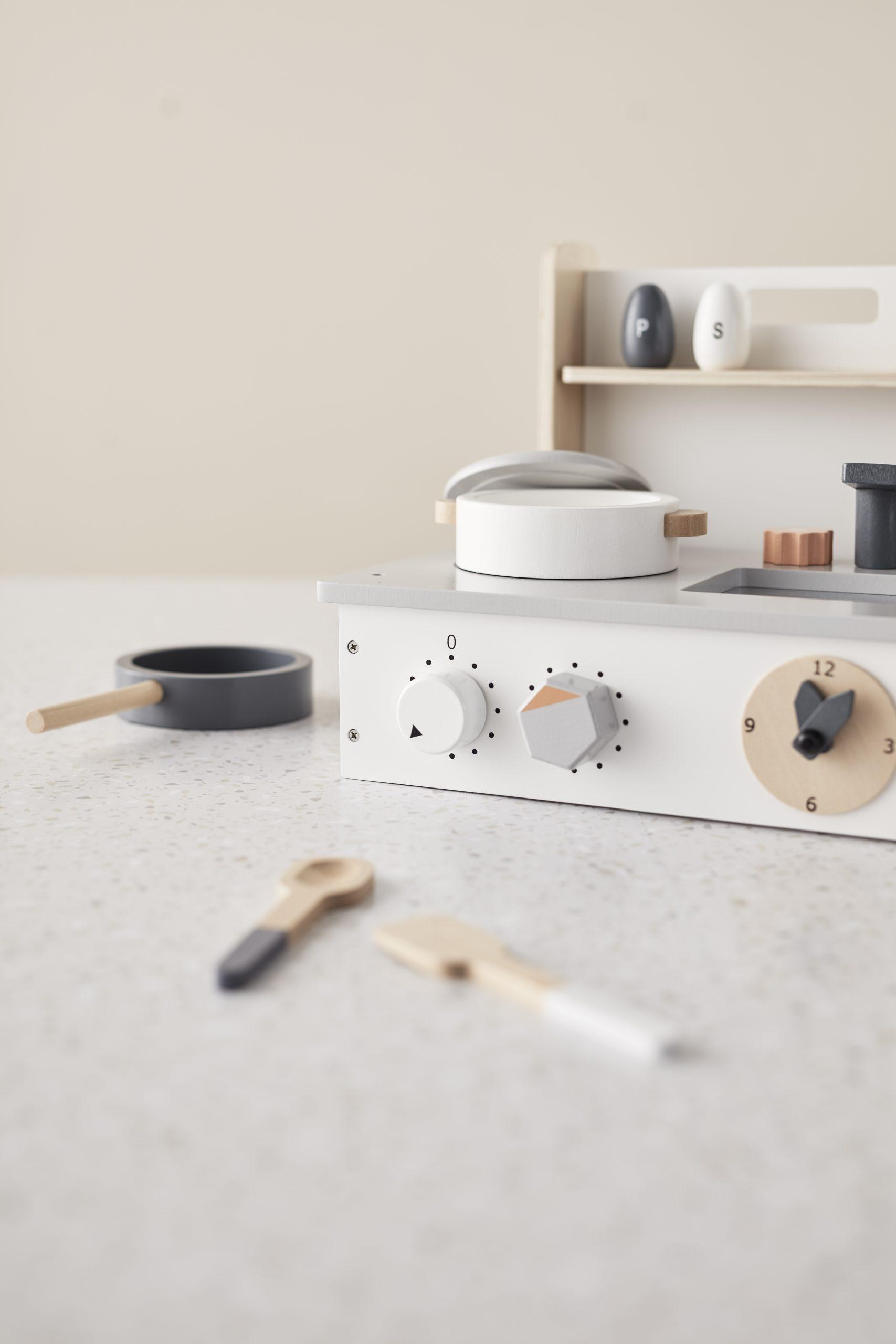 スウェーデン発のブランド、キッズコンセプトの木製おもちゃ