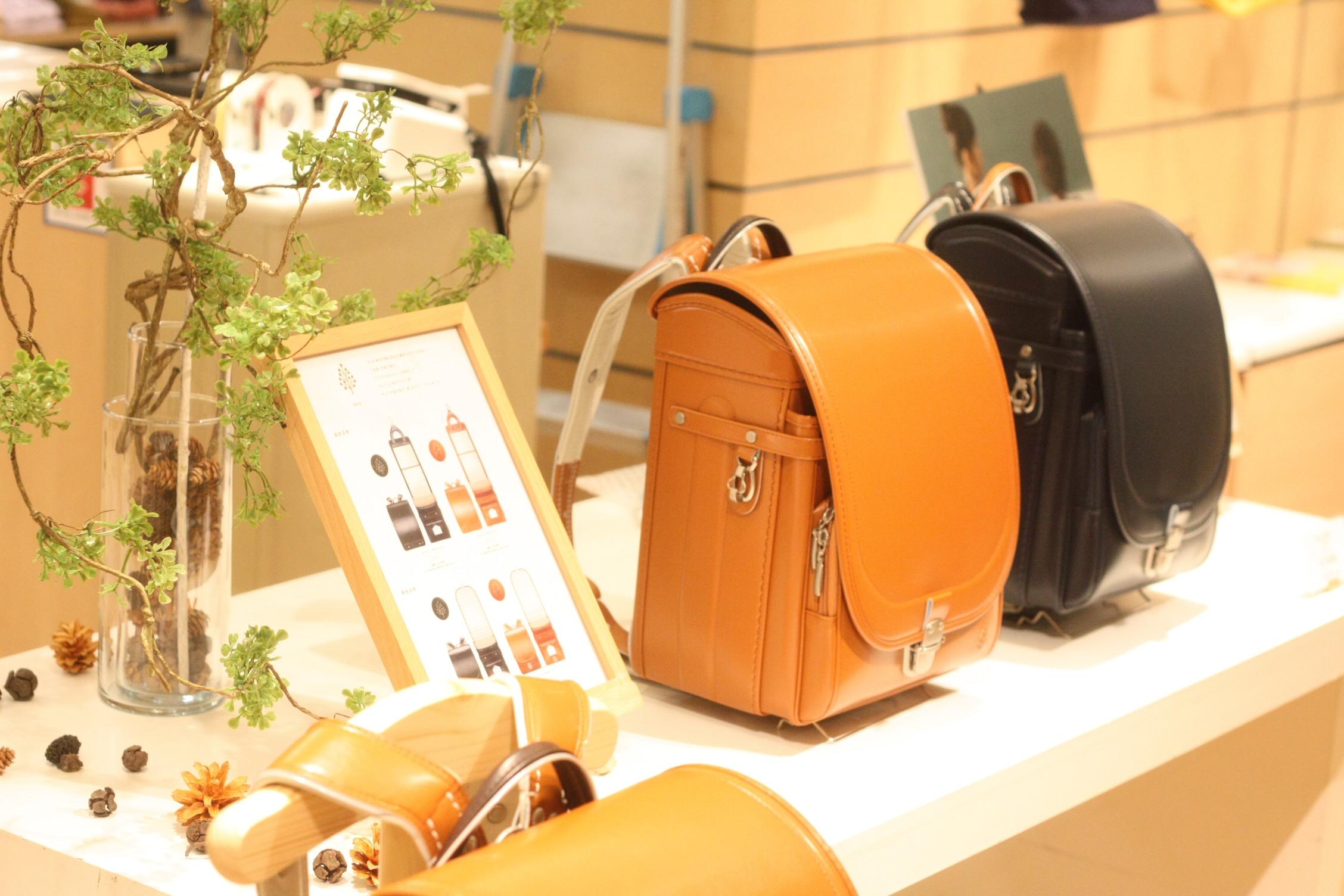 伊勢丹浦和店で展示販売中のランドセルのイメージ きのみ